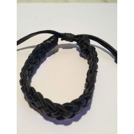 Flätat läderarmband i svart